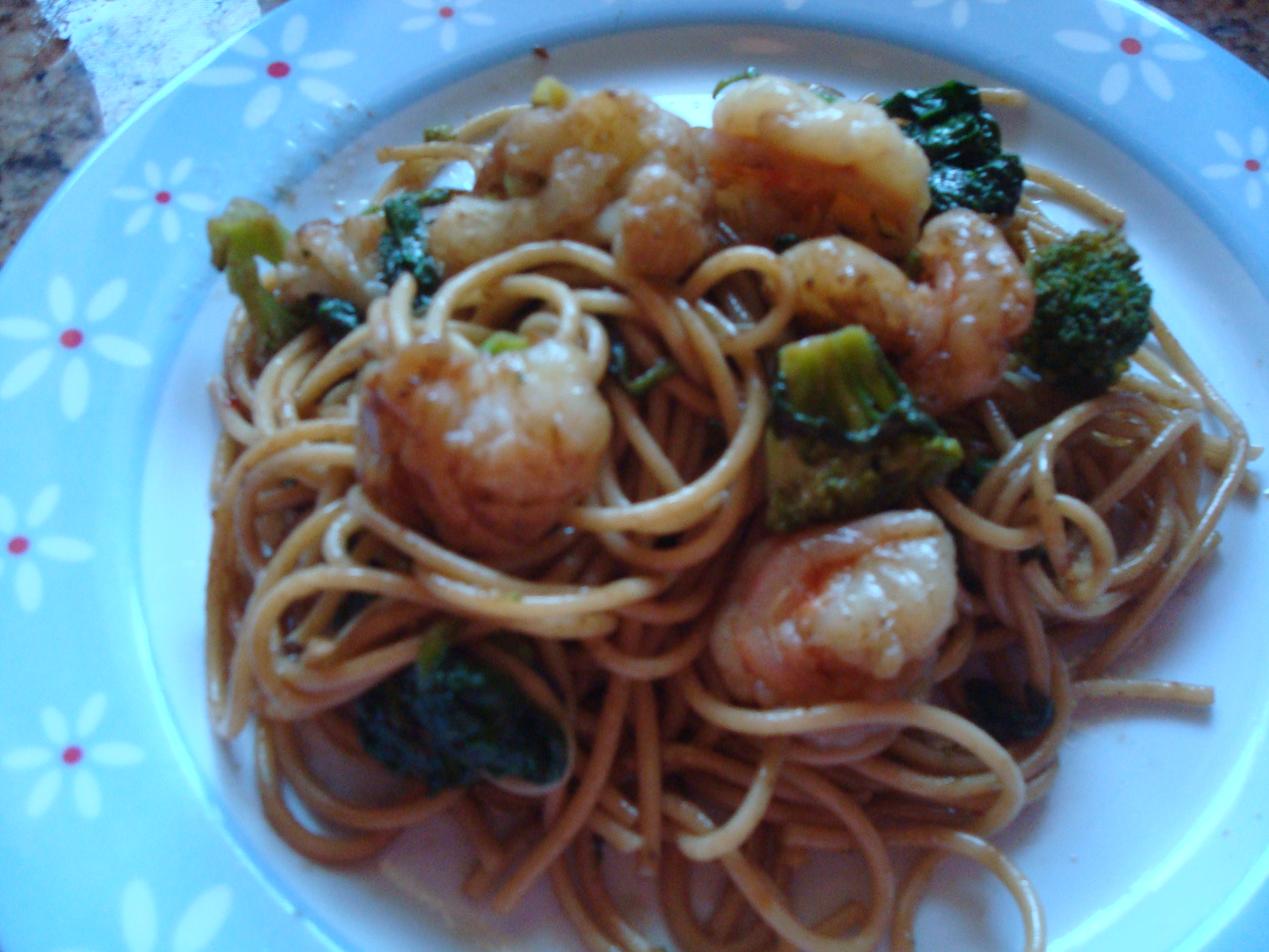 Quick and satisfying Spaghetti with Shrimp & vegetables